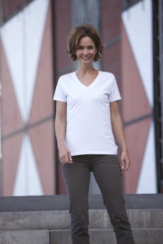 Ladies Stretch V T James & Nicholson - Shirt mit5% Elasthan