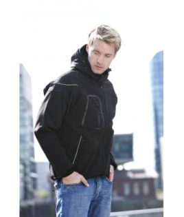 Softshelljacke Winter Jacket Men - in action